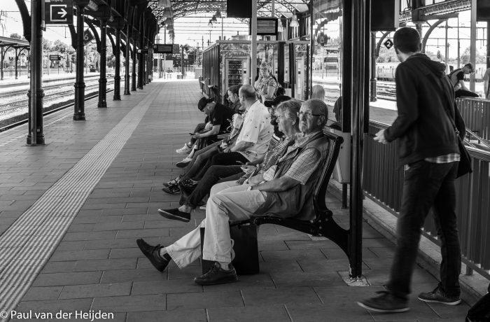 Wachten op de trein in Nijmegen